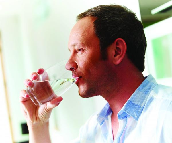 Reasons why maintaining your home drinking water filter is important
